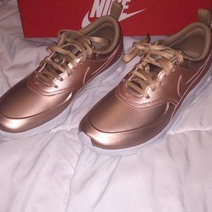 Nike Air Max Thea Rose Gold
